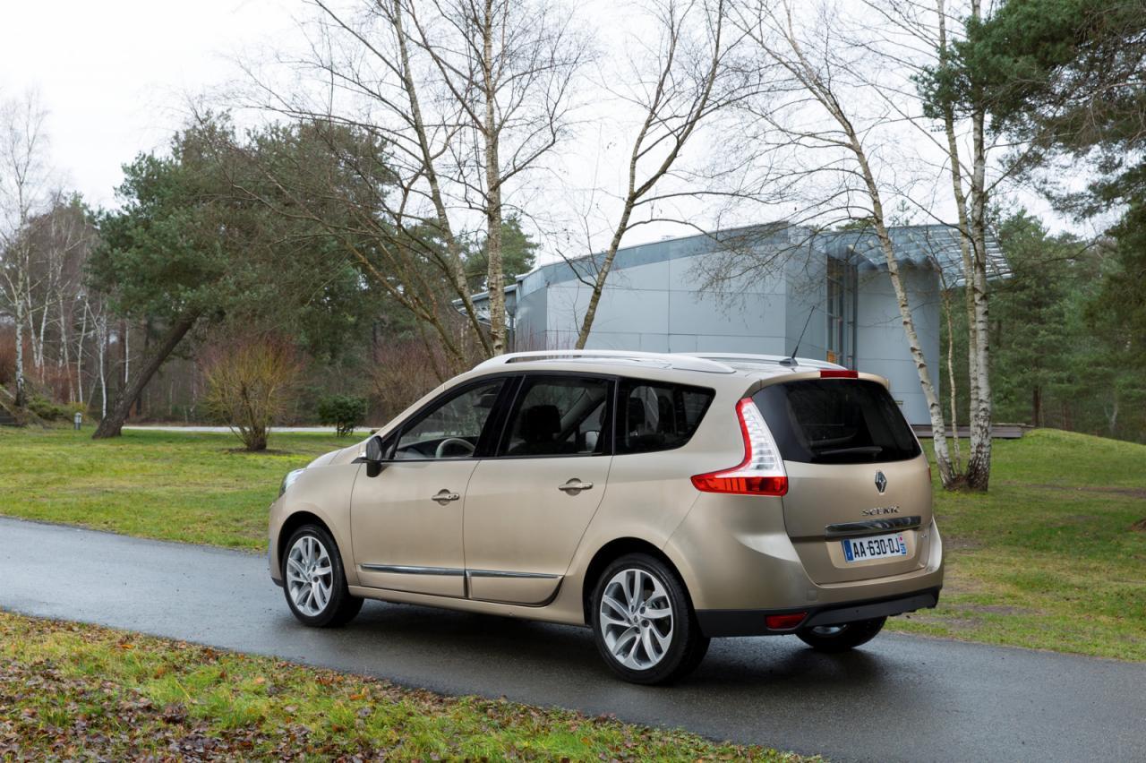 Renault+Grand+Sc%C3%A9nic.jpg