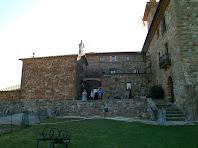 Situació general de la capella respecte al mas de Postius