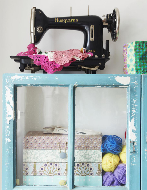 A+Beautiful+Bazaar+Home+Sewing+Machine Craft Storage and Eclectic Interior Style