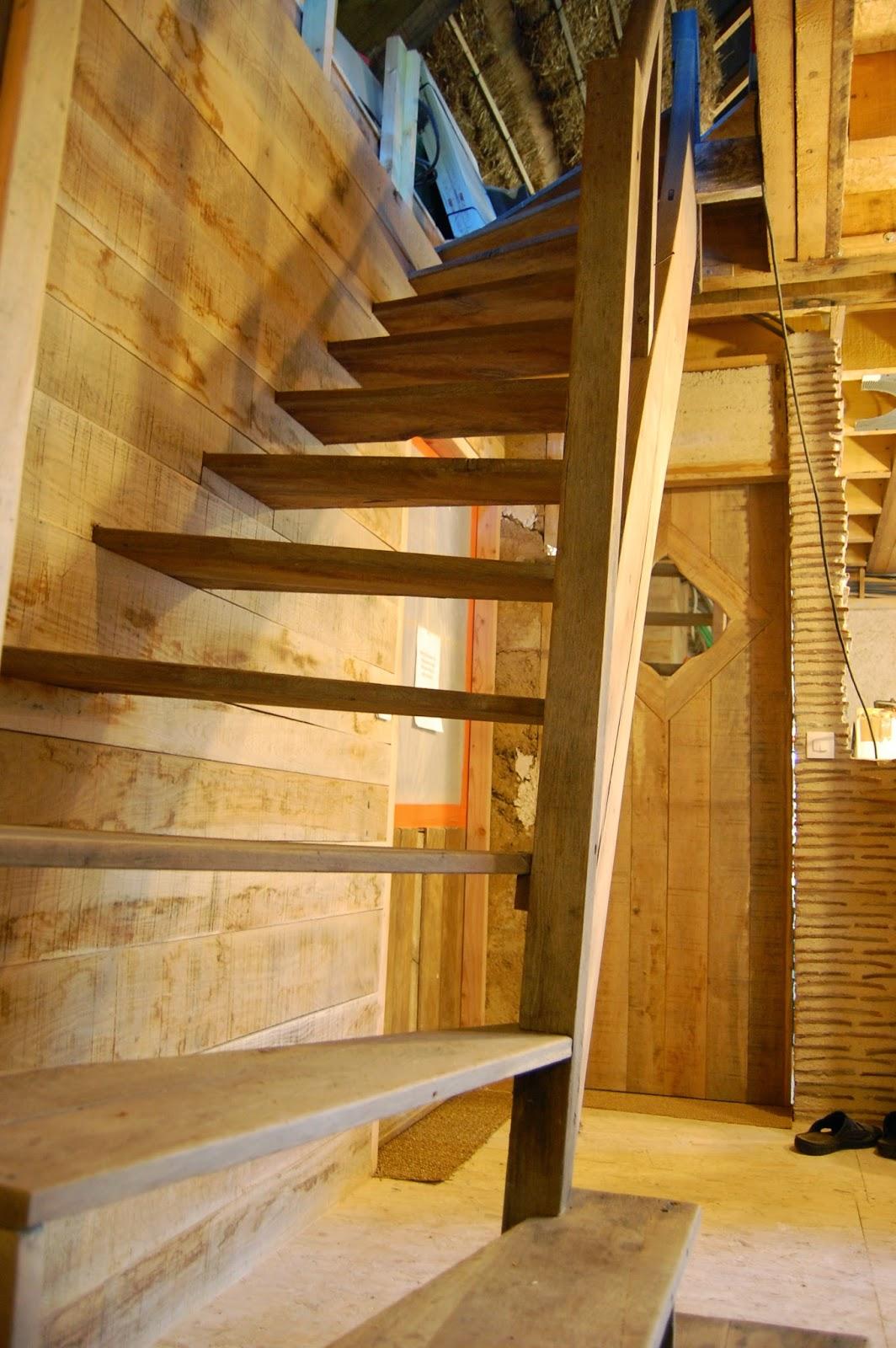 2013 Une Ann E Entre Paillenth Se L 39 Escalier Qui Monte