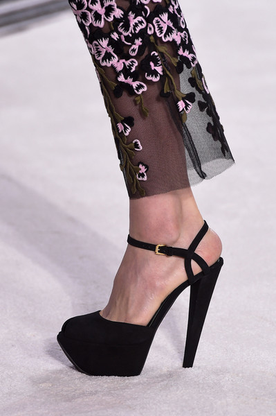 GiambattistaValli-HauteCouture-Fall2015-ElblogdePatricia-shoes-calzado-zapatos