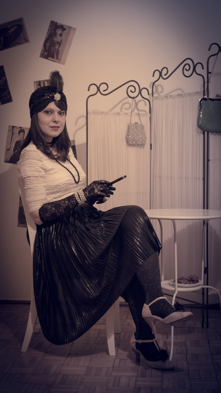 great Gatsby outfit party inspiration pleated skirt stradivarius lace H&M top t strap shoes bata turban roaring 20s style twenties flapper girl cigarette zara belt sparkly black lace gloves