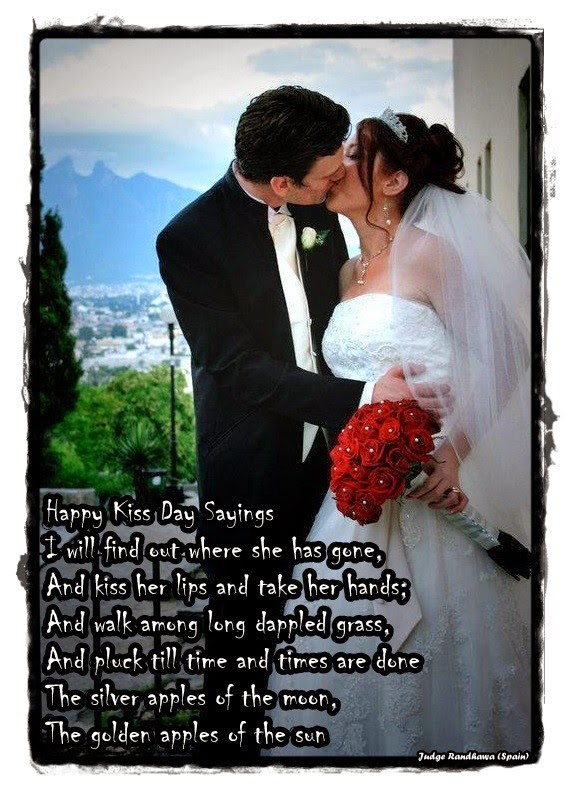 Kiss_Day_Images_Pics_Photos_Facebook HD Quotes
