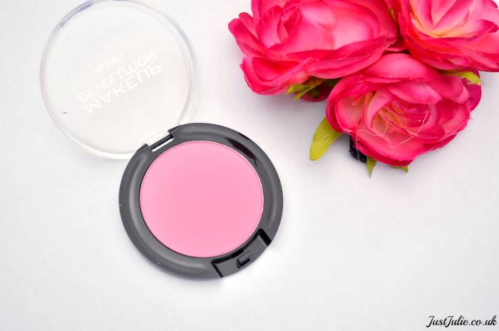 Makeup Revolution Powder Blush in Wow