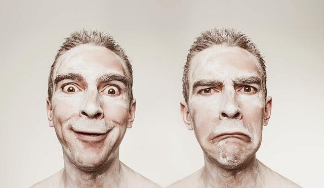 Imagenes Sin Copyright: Emociones humanas, alegría y tristeza