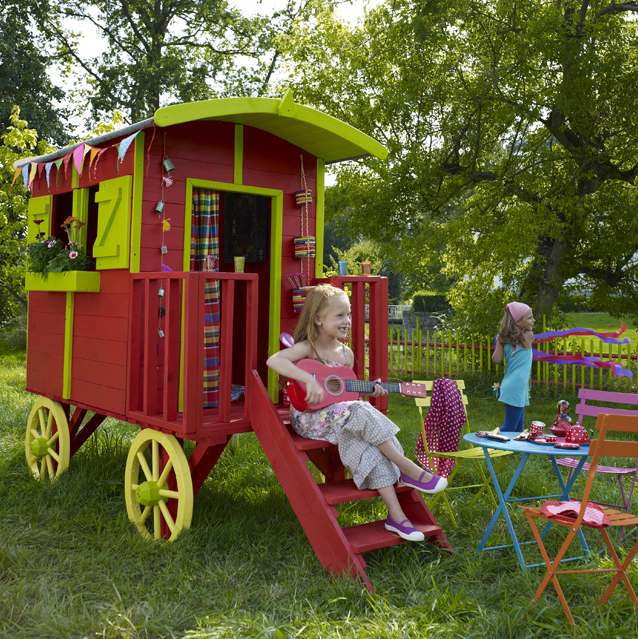 twiggy and lou wooden playhouses from france. Black Bedroom Furniture Sets. Home Design Ideas