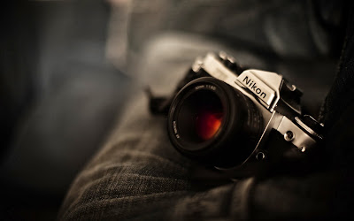 nikon-camera-photo-wallpaper-2560x1600