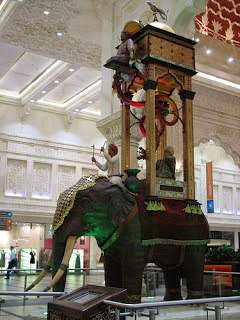 Jam Air Berbentuk Gajah