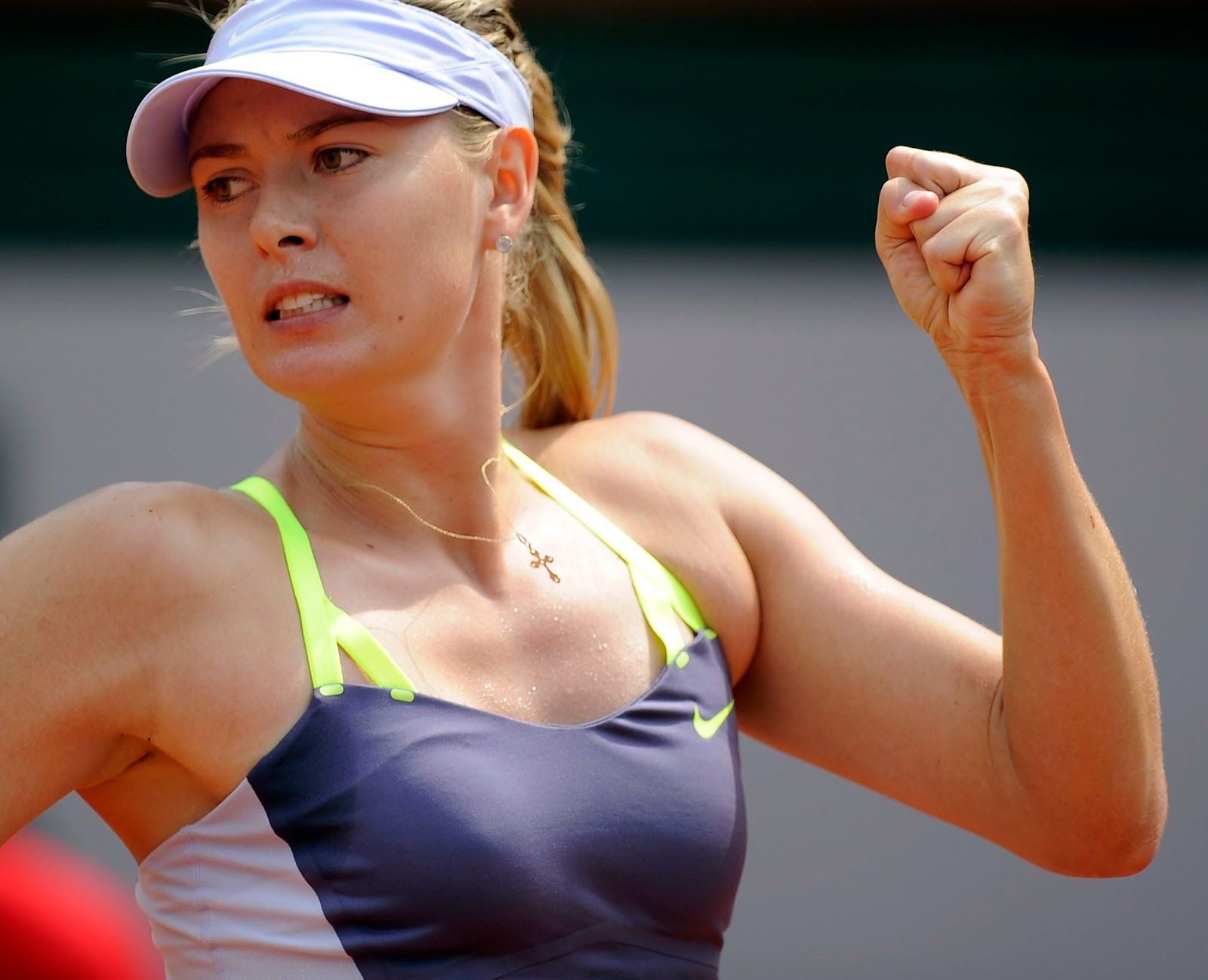 Woman Russian Tennis Players Writes 90