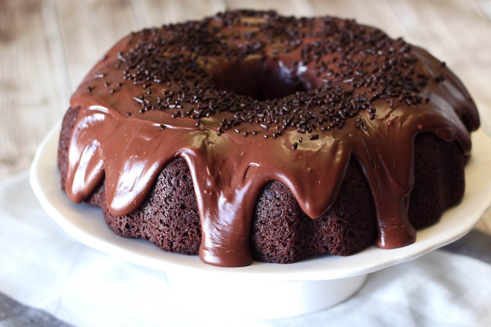 gluten free vegan double chocolate bundt cake | Sarah, Baking Gluten ...