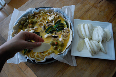 Zukinie - onions - olives - mushrooms - easy way to make quiche - different