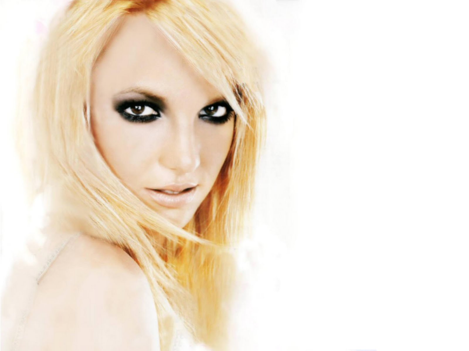 http://4.bp.blogspot.com/-5Dj0wa_404E/TvNYSGvq_CI/AAAAAAAAAgc/nm3tfV01XY0/s1600/gorgeous_britney_spears_wallpaper-1600x1200-081.jpg