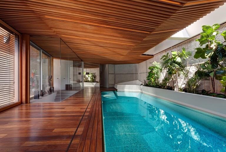 Casa spa con piscina jacuzzi y sauna arquitectos arquitectura contemporanea - Techo piscina cubierta ...
