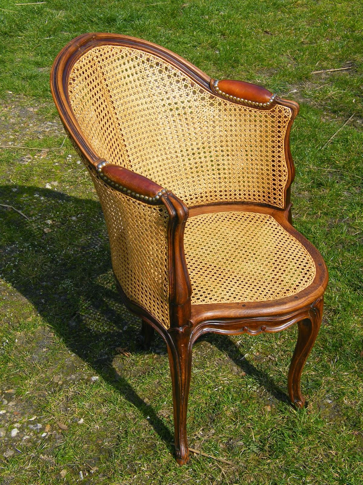 normandie cannage restauration compl te d 39 un fauteuil louis xv pour le bureau. Black Bedroom Furniture Sets. Home Design Ideas