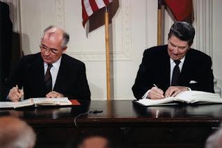 Reagan & Gorbachev 1987