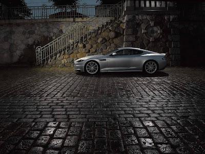 Aston Martin DBS Standard Resolution Wallpaper 9