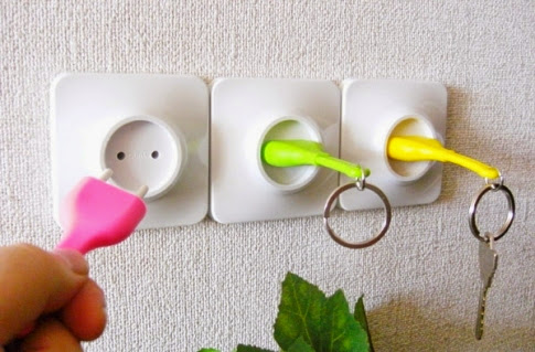 gantungan kunci model unplug