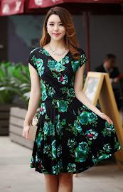 2015 New Released Premium Quality Short Sleeve V-neck Flare Dress