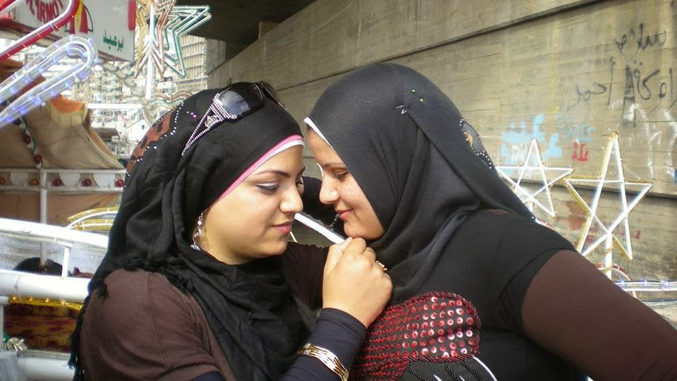 xxx 1st post of pakistani n indian girls aunties and