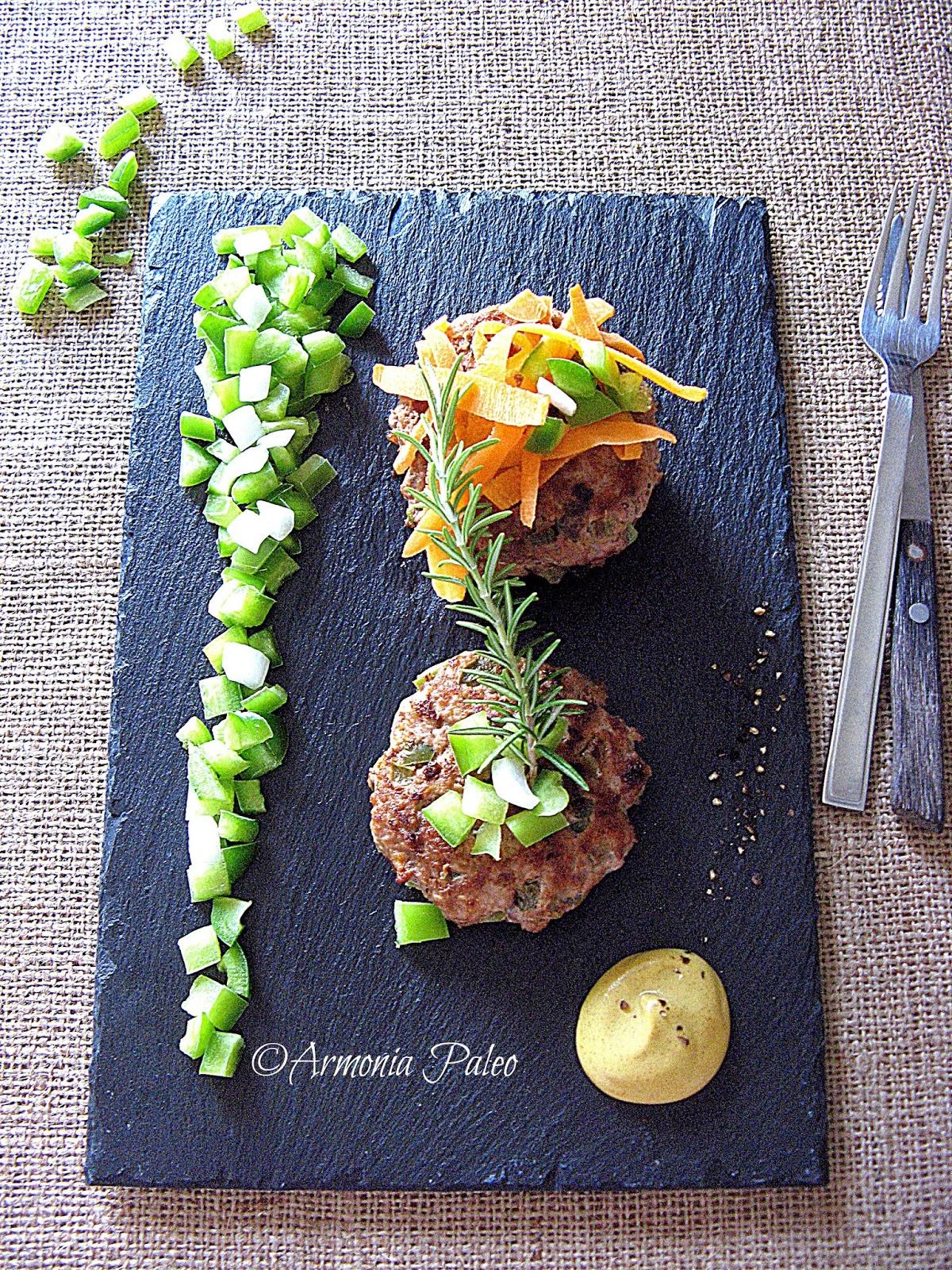 Hamburger di Carne e Peperoni di Armonia Paleo