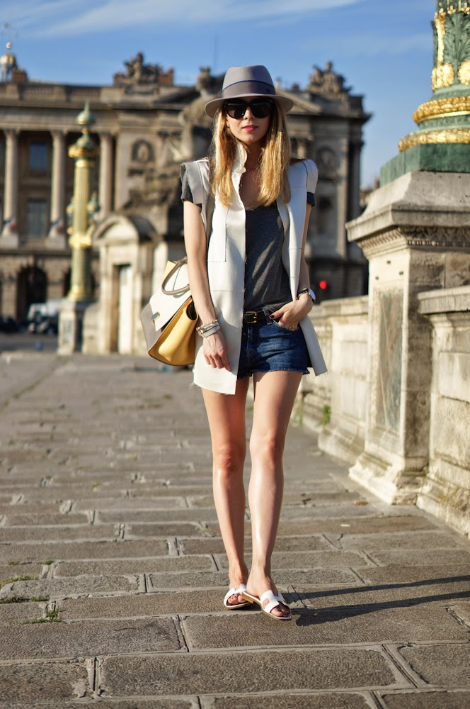 chic, fashion blogger, denim shorts, streetstyle, paris, parisienne, céline, hermès, maison michel
