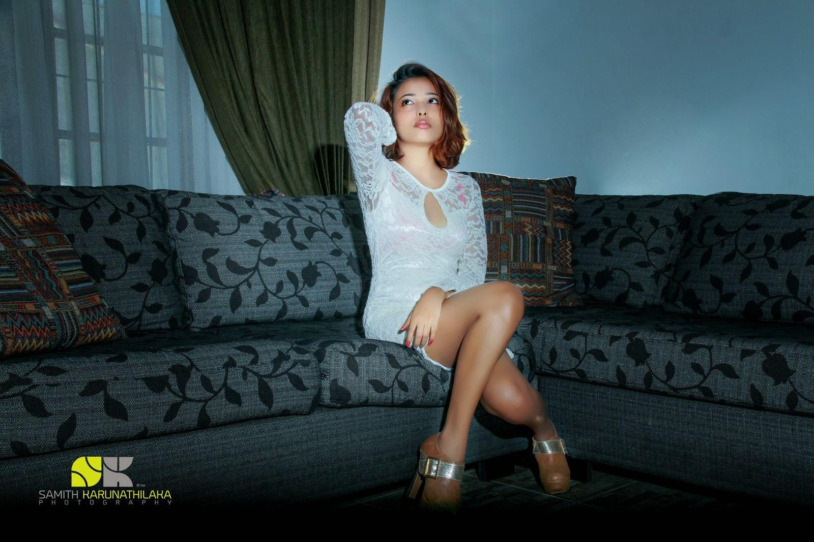 Oshie Tehania hot legs