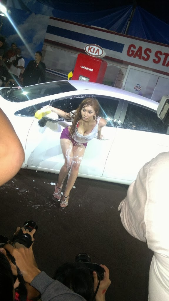 Kumpulan Foto Spg Iims 2013 Jualan Mobil