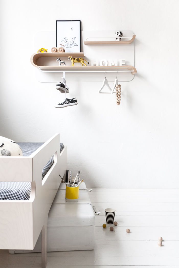 modern minimalism for children - Rafa-kids new shelf L