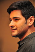Mahesh Babu stylish photos-thumbnail-11