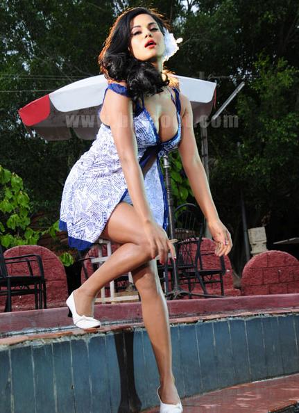 Veena+Malik+Photo+2013 14+04