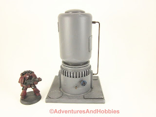 Short vertical storage tank for 25-28mm scale wargames - front view.