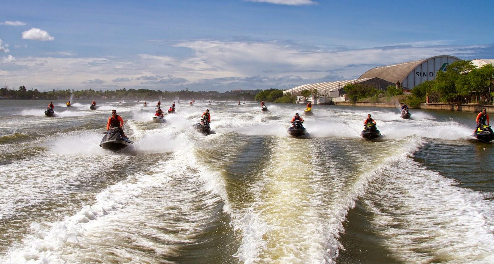 Enemotos motos aqu ticas aceleram com seguran a no rio paran for Armadi california porto rico