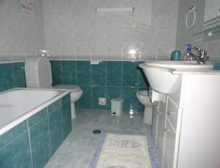 Nazaré - Alugo apartamento T2 - Casa de banho