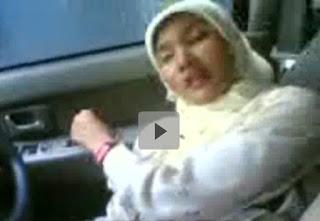 Guru Periksa memek Murid di dalam mobil
