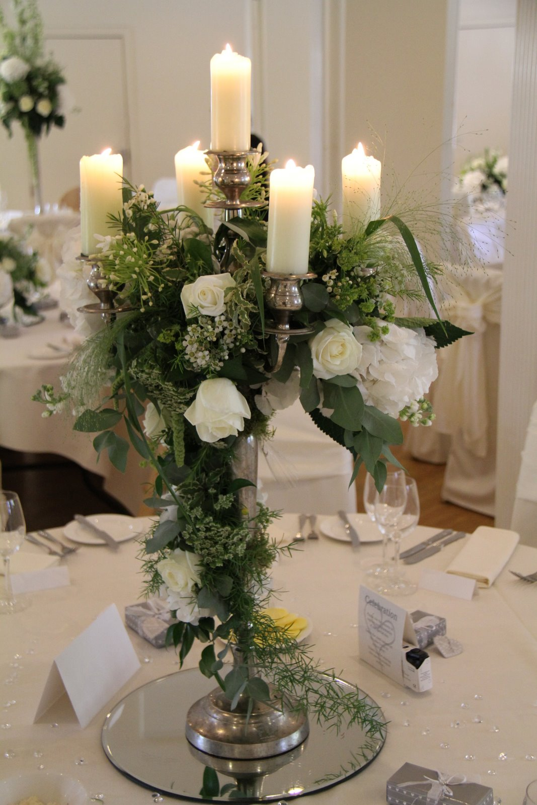 Flower Design Table Centrepieces: Baroque Style Candelabras