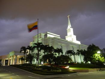 Guayaquil Temple - Night