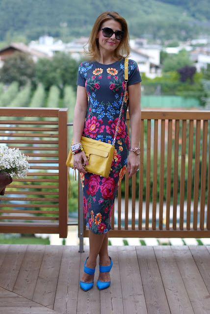 Rebecca Minkoff MAC clutch in yellow, Asos bodycon midi floral dress, Fashion and Cookies