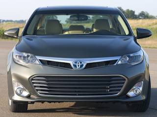 2013 Toyota Avalon front end