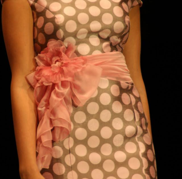 vestido-de-lunares