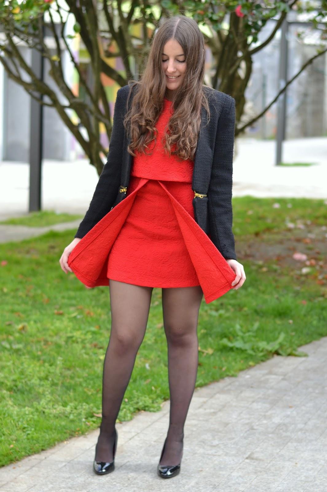 como combinar un vestido rojo