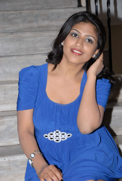 supriya at sashesham audio launch, supriya hot photoshoot