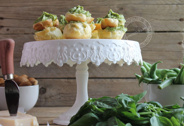 Ricetta bignè salati ripieni con crema di fagiolini mandorle e parmigiano reggiano
