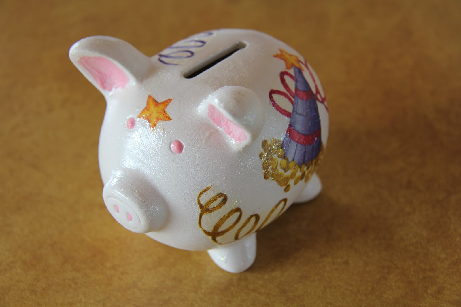 express your creativity decorate a piggy bank
