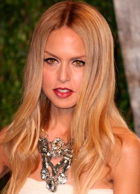 multe nuante blond miere blond gri sau platinat blond strawberry