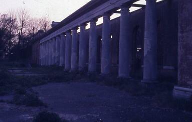 Colonnade 1986