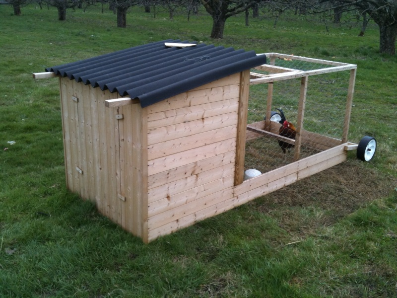 The chicken daily moveable chicken house for Chicken tractor building plans