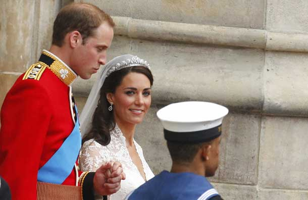 kate dress wedding. royal wedding kate dress. royal wedding kate dress.
