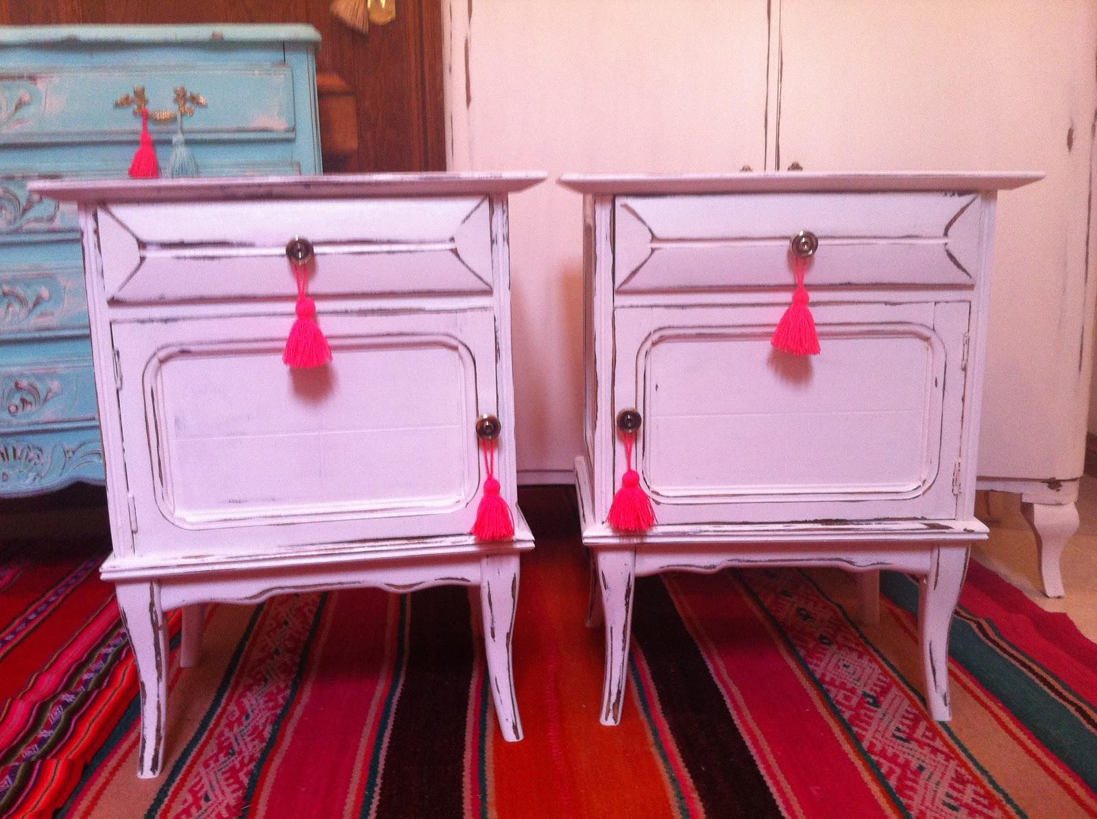 Vintouch muebles reciclados pintados a mano mesas de for Colores vintage para muebles