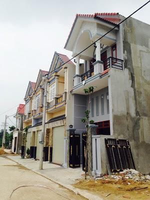 Nhà bán gần đường