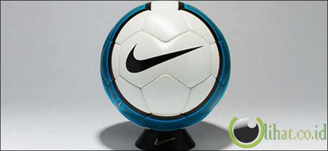Nike Total 90 Aerow II 07/08